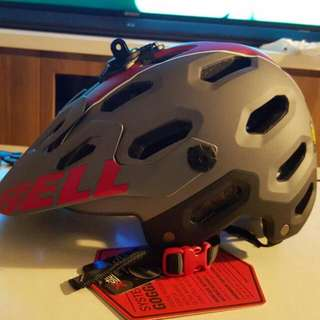 Bell Helmet M (BNIB) With Tag