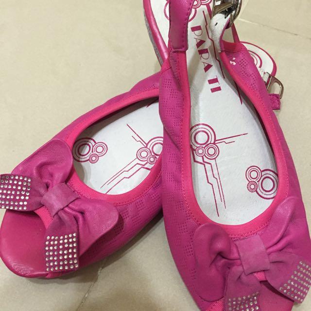 專櫃-桃紅色涼鞋
