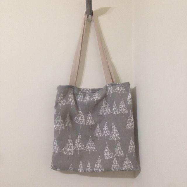 「手做」滿滿聖誕樹 手提包