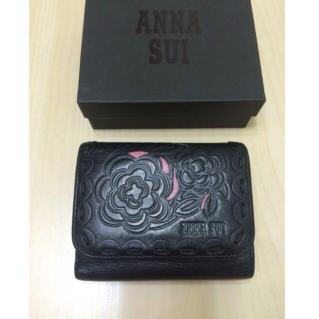 降價+免運-Anna Sui 牛皮黑色雕花短夾