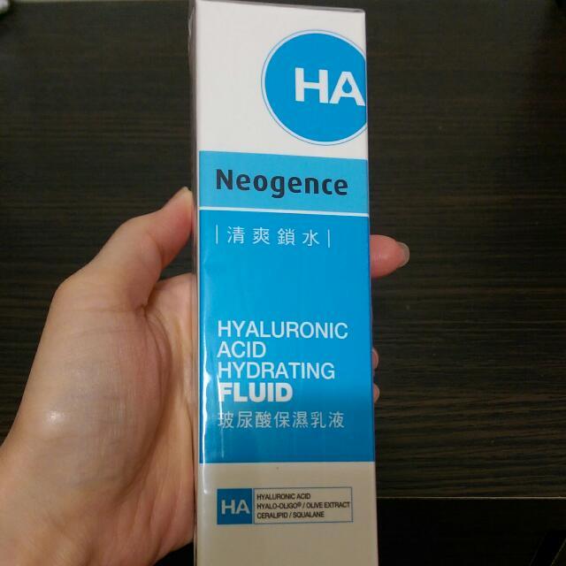 Neogence 霓淨思 玻尿酸保濕乳液(保留)