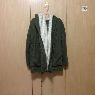 🎉🎉軍綠舖棉外套(二手)