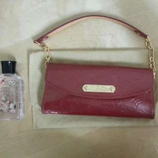 (Reserved)LV MAROON VERNIS LEATHER CLUTCH. 1:1 Grade