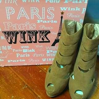 Wink 跟鞋
