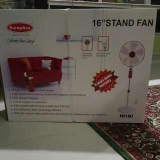 """EuropAce 16"""" Stand Fan ESF L167"""