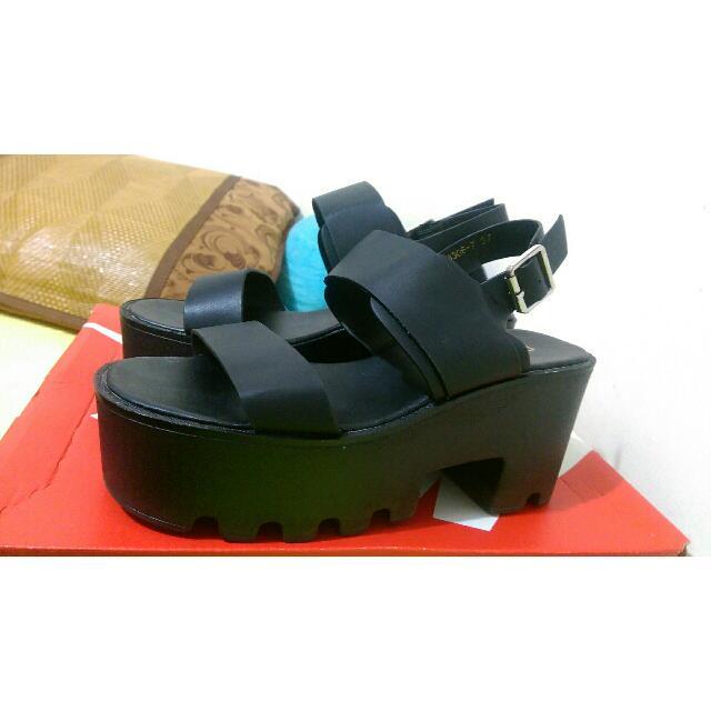 韓版黑色涼鞋近全新23.23.5.25(現貨)