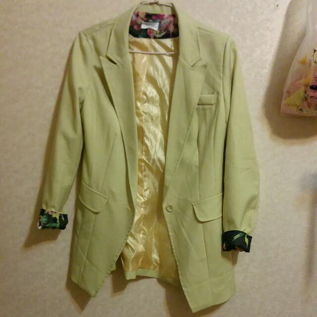 鵝黃色韓版西裝外套