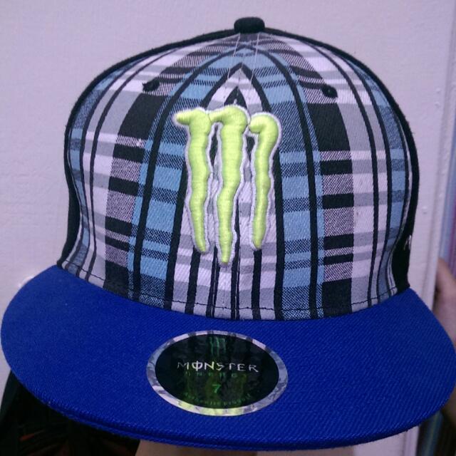 Monster板帽 9成新 可議