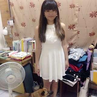 白色洋裝 9成5新 只穿過一次 購入價$1100