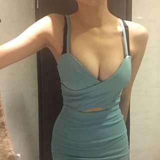 2手)淡藍色低胸洋裝