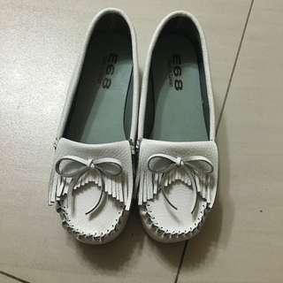 白色厚底鞋❤️(降)