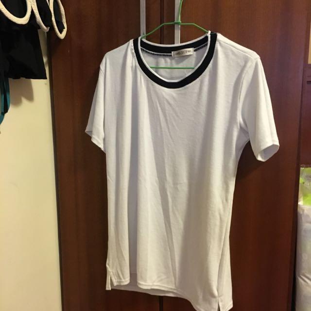 白色棉質上衣