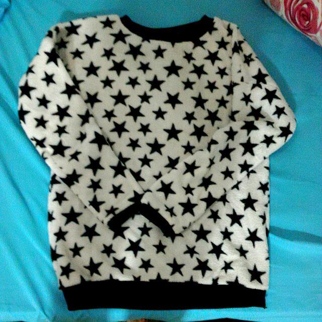 👉(降)超溫暖滿版星星長袖上衣 秋冬