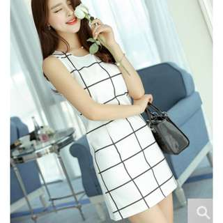 Instock Big Checkered Dress