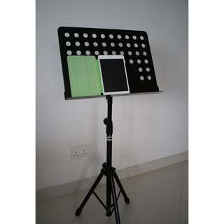 (PRICE REDUCED) Music Score Stand