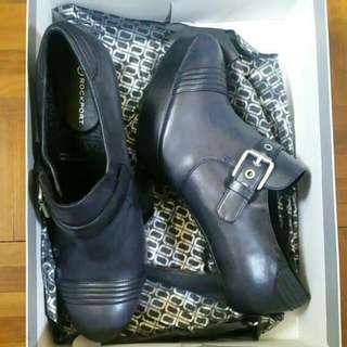 Brand New: ROCKPORT Heeled Boots (Black) US8