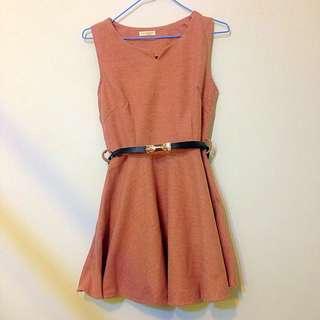 全新(僅試套過)藕粉色厚挺版小洋裝