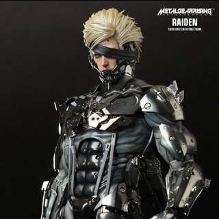 Hot Toys Metal Gear Rising Raiden VGM 17