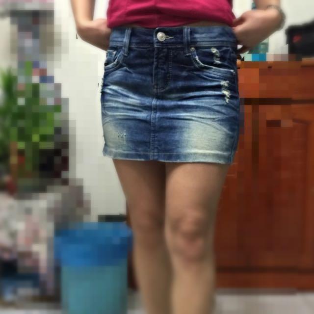 二手。牛仔裙。26腰