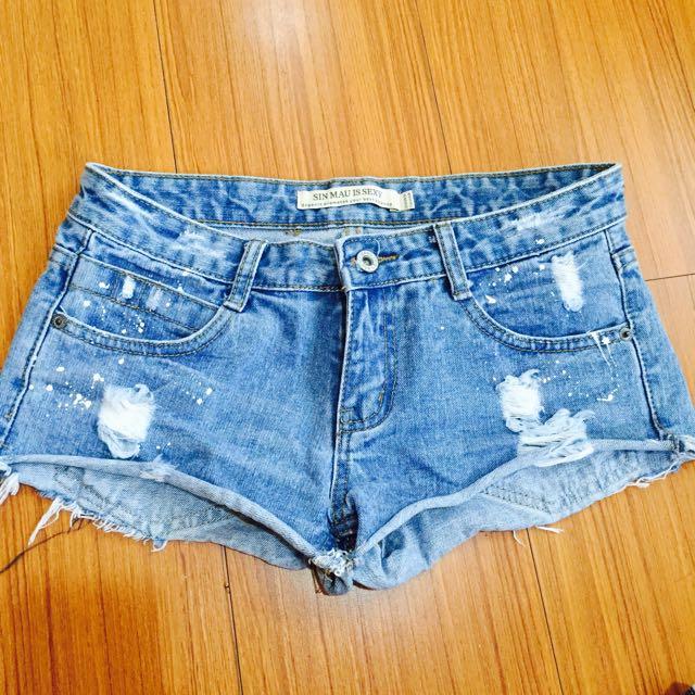 潑漆設計顯瘦牛仔丹寧短褲