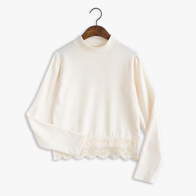 【預購】蕾絲拼接高領長袖毛衣