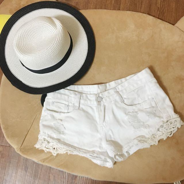雷絲白短褲