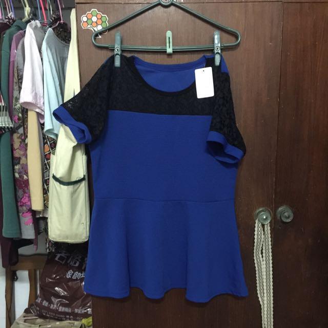 🌱大尺碼寶藍色蕾絲袖口衣👚