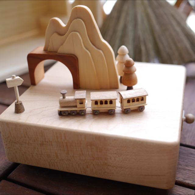 原木音樂盒 誠品有專櫃 可愛小火車版
