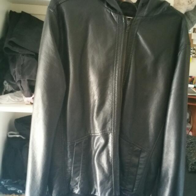 Faux LEATHER Jacket (M)