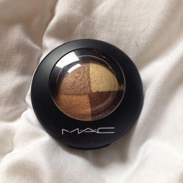 MAC Golden Hours Mineralize Eyeshadow