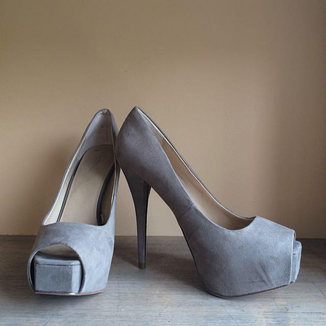 Zara Basic Grey Heels