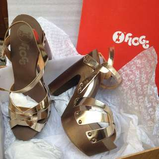 FLOGG by STACCATO HEELS