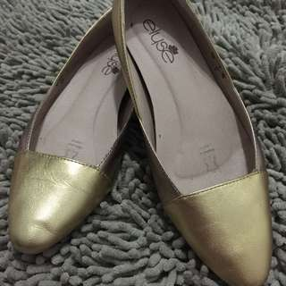 Elyse Flats in rose gold and silver