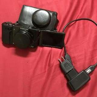 Samsung  Ex1  相機 翻轉自拍鏡頭 (可議)  (免運)