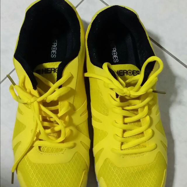 路跑送的鞋子