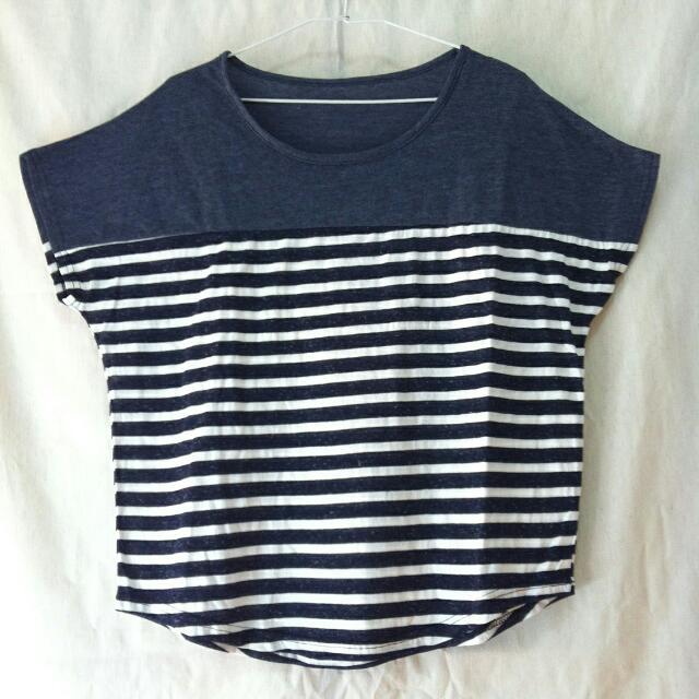 📍 代售 飛鼠袖 丈青色拼接條紋上衣 T恤