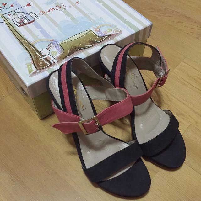 (全新)Amai 撞色系 桃紅/黑 粗跟涼鞋