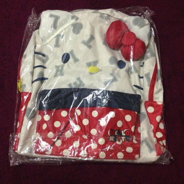 全新HelloKitty款 背包 後背包 書包 凱蒂貓 米白色 三麗鷗 非正品