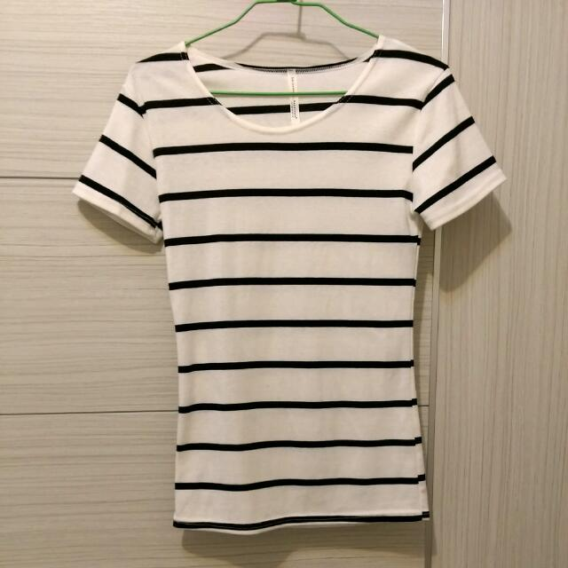 [全新]黑白橫條紋上衣T恤