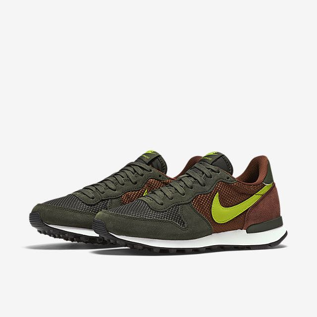 cheap for discount c76fa cc387 Nike Internationalist (Women) - Sequoia Lotus Carbon Green Cyber ...