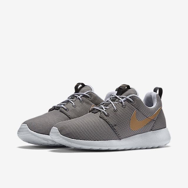 official photos c367a 32be2 Nike Roshe One (Women) - Anthracite Wolf Grey Pure Platinum Metallic Gold,  Women s Fashion on Carousell