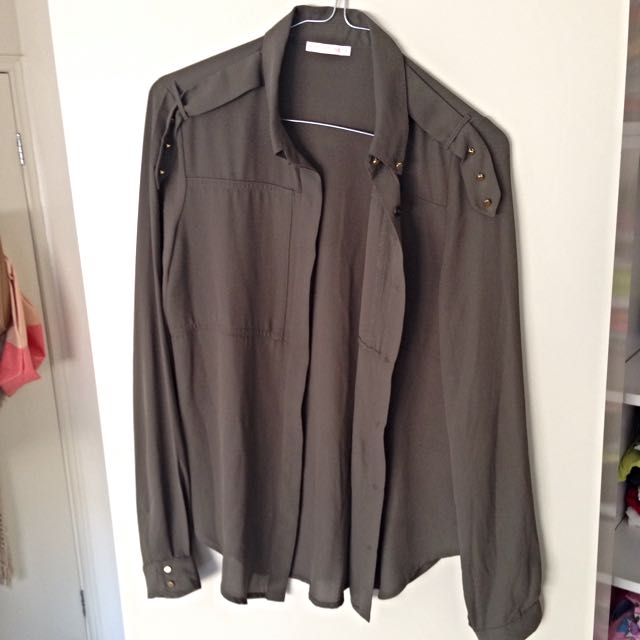 Size 8 Button Up Sheer top
