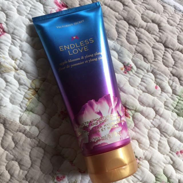 Victoria's Secret 香水乳液