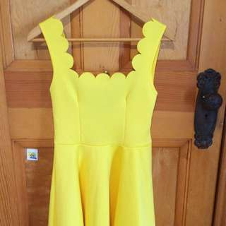Boohoo Yellow Scallop Dress Size 8 S