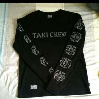 TAki 黑色大學T(9成5新)以上s號👍👍