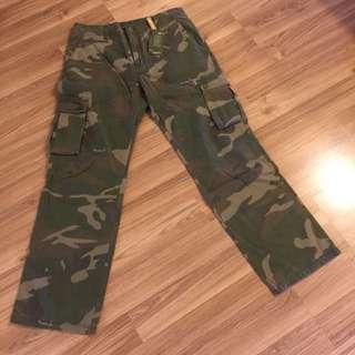 全新Jeep軍綠迷彩口袋褲(Size33)