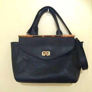 💋Colette Hayman Black Shoulder/tote Bag