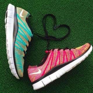 [Nike 5.0新配色情侶鞋]