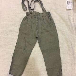 條紋吊帶褲