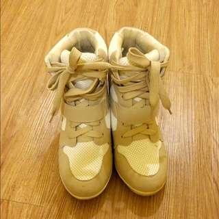Ann's 內增高休閒鞋